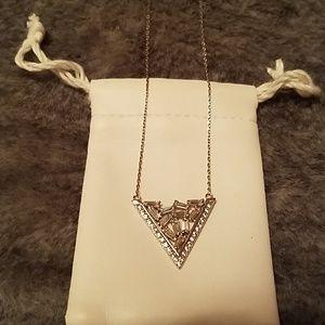 NWOT! V Crystal Necklace